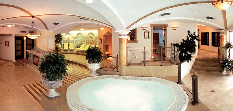 Hotel & Sporthotel Strass, Mayrhofen, Austria - jacuzzi.jpg